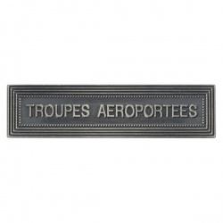 "Agrafe ordonnance "" TROUPES AEROPORTEES"""